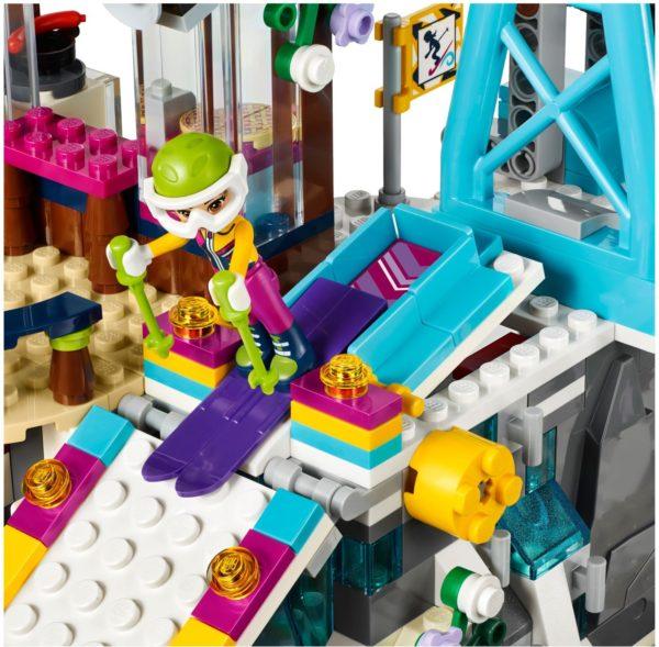 LEGO 41324 SNOW RESORT SKI LIFT FRIENDS