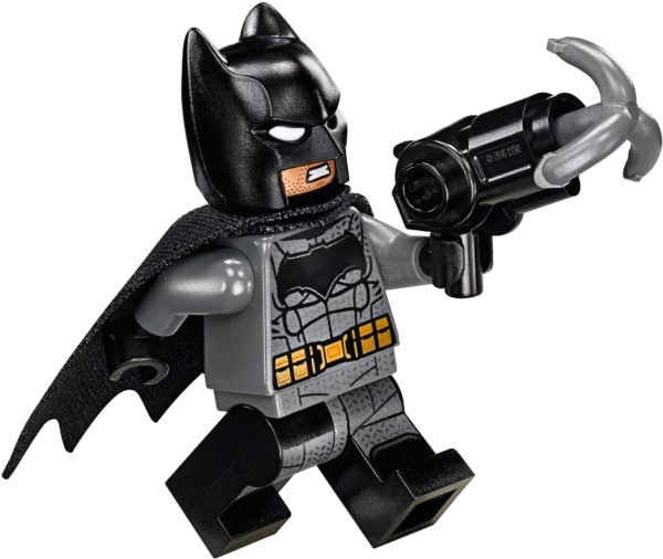LEGO 76086 KNIGHTCRAWLER TUNNEL ATTACK DC COMICS SUPER HEROES